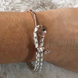 NWOT 🎀 Boutique Rosegold bracelet 🎀